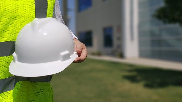 3 benefits of adopting a connected safety management system