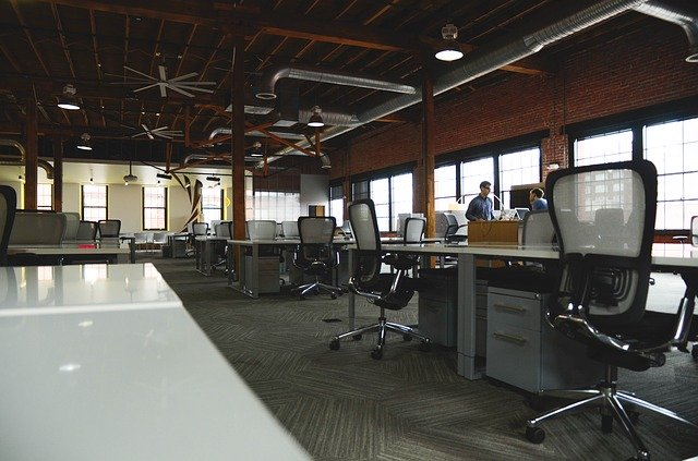 How ergonomics factors into the health and safety of an office