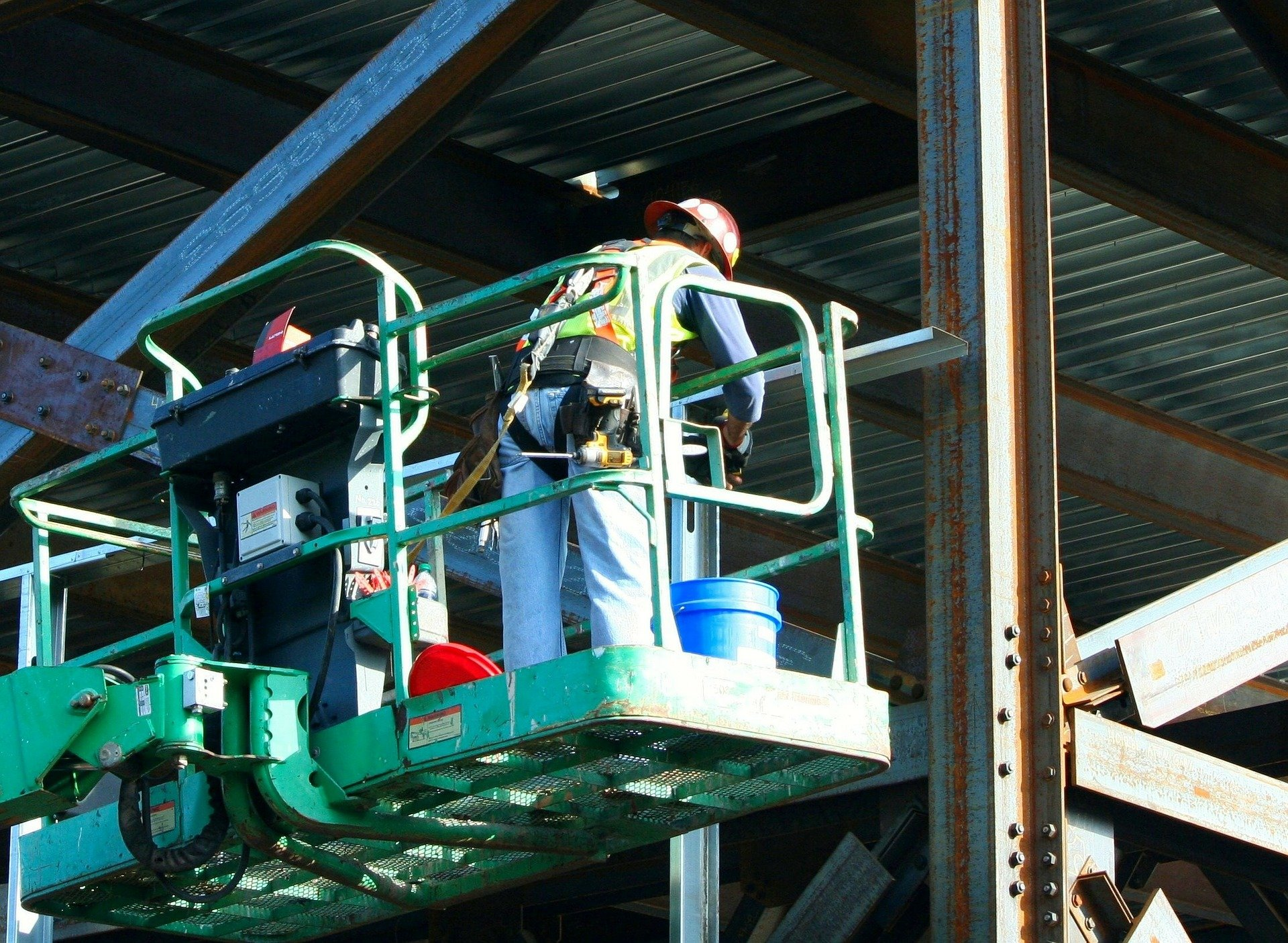 cherry picker workers